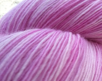 Handpainted Lace Weight hand dyed 'Candy Pink' Fine Wool Singles Knitting Yarn Shawl Yarn