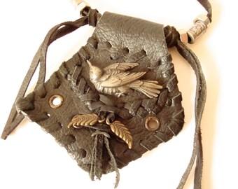 necklace black leather raven middle age gothic punk