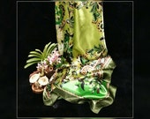 Satin Square Scarf, Green Retro Paisley Vintage Print Satin Scarf, Multi-green Colors St. Patrick's Day Scarf, Scarf under 10, marked down.