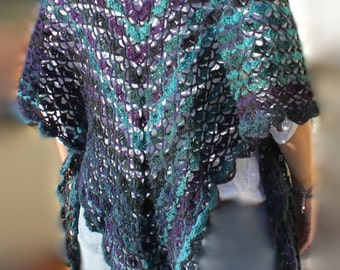 Crochet Shawl, Triangular big Shrug, Elegant Wrap,  Bridal Cape, in wool made to order in any colour