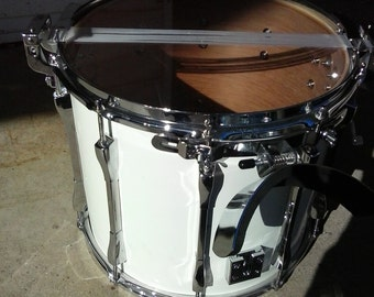 Vintage pearl marching drum