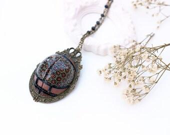 """Long necklace or PIN """"Tushy Fleurette"""" metal color bronze"""