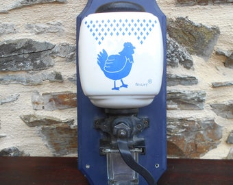 Vintage wall mounted coffee grinder - Palluy - Porcelaine