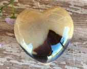 Mookaite Jasper gemstone Heart-Meditation Tool-Reiki Healing- Crystal Heart-Hand Carved Gemstone Hearts-Mookaite Hearts
