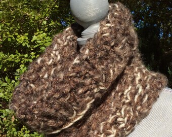 Brown chunky cowl/chunky brown cowl/chunky neckwarmer/knit brown neckwarmer/super chunky yarn/knit chunky cowl/ladies knit infinity