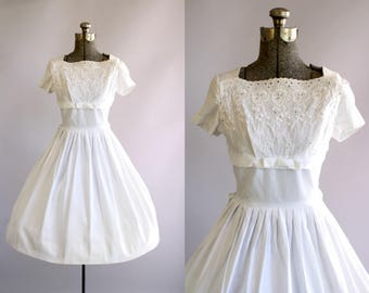 Vintage 1950s Dress / 50s Cotton Dress / Carol Rodgers White Eyelet Dress w/ Shelf Bust S