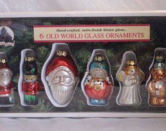 Vintage Old World Hand blown glass Ornaments in Original box, Six Hand Crafted, Satin Finish, Christmas Ornament, tree decoration