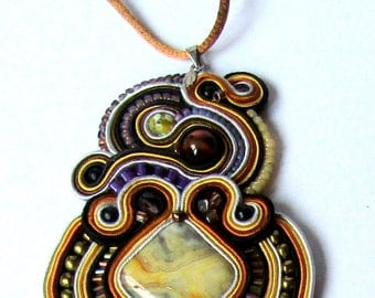 Pendant soutache with Agate