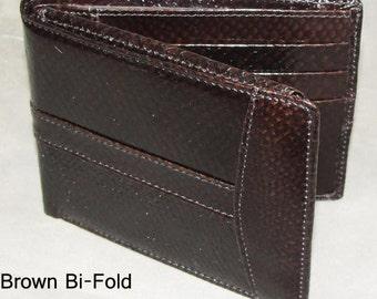 Salmon Skin Bi-fold Wallet Brown