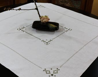 Ivory Linen Tablecloth & Napkins, Italian Embroidered Tablecloth, Cut Work, Ladder Work, Three Napkins, 1930s, Vintage Linens