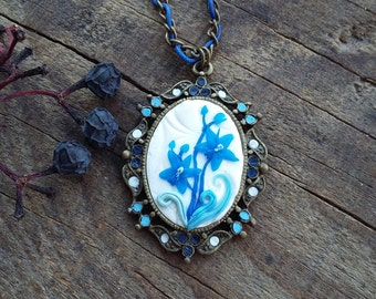 Blue orchids necklace
