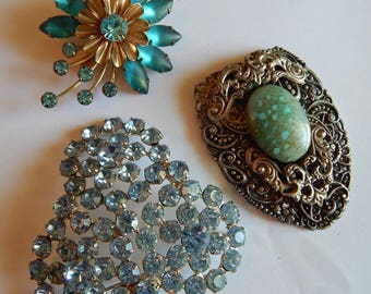 Vintage LARGE Rhinestone Cushion Simulated turquoise stone Fur clip Brooch pin collection lot