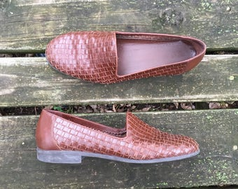 Shoes - Size 9 Brown Leather Woven Slip Ons Flats Boho Hippie Made in Brazil Bass Womens