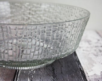 Serving Bowl, Fruit Bowl, Glass Bowl, Patterned Glass, Vintage Tableware, Centrepiece, Trifle Bowl, Serving Dish, Clear Glass, Large - 1970s