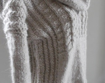 Sweater tube Alpaca V neck long sleeves and collar detachable hood, size and choice of colors