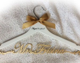 Bride  hanger,wedding hanger,laser cut hanger,Mrs hanger,Personalized Hanger,Custom hanger,wedding hanger,wedding dress hanger