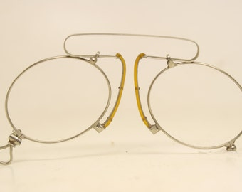 Unused Antique Srring Bridge Pince Nez Glasses Silver Tone NOS