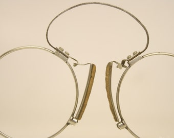 Antique Silver Tone Spring Bridge Pince Nez Eyeglasses
