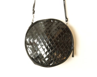 Round Shoulder Bag