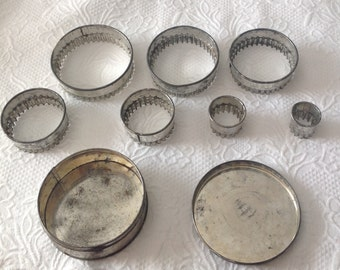 Nesting Vintage Biscuit Cutters in Tin