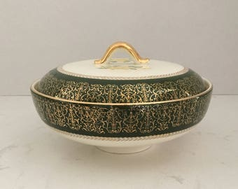 Homer Laughlin Lady Greenbriar Covered Casserole