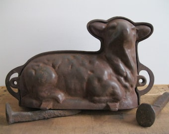 Vintage Griswold Lamb Cake Mold - Cast Iron #665 Front And #866 Back - Two Piece Cake Mold - Easter Holiday...Reshopgoods