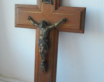 vintage French wall mountable wooden religious crucifix cross