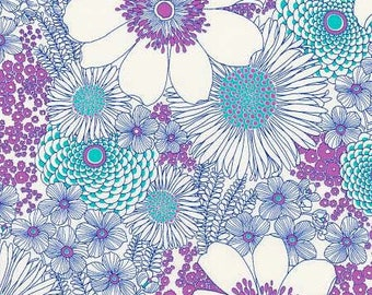 Laguna Large white Floral from Robert Kaufman's Laurel Canyon Collection