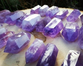 Amethyst Healing Points ~ Protection ~ Best For Stress,Insomnia ~ Empaths,Psych Attacks,Mental Stability ~ Terminated Amethyst