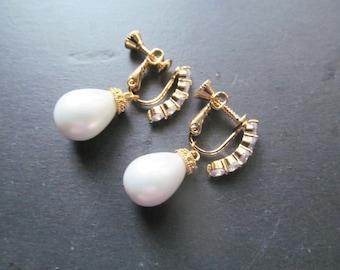 pearl wedding earrings for non pierced ears, clip on earrings, gold pearl wedding earrings, non pierced earrings, screw type earrings