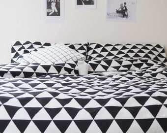 Cotton bedding in big triangles