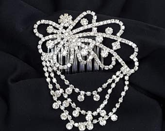 Rhinestone hair accessory with garlands