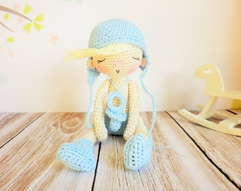 Doll baby crochet very very late, Douloulou, 14 cm, decoration and art collection, unique toy baby