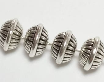 25pcs Silver Saucer Beads - Antique Silver Beads - Metal Beads - Tribal Beads - Spacer Beads - Jewelry Findings - 7mm Beads - B29005