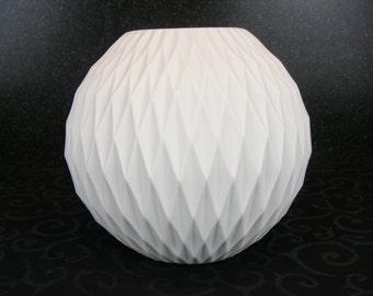 Large Thomas Op Art vase with honeycomb decor