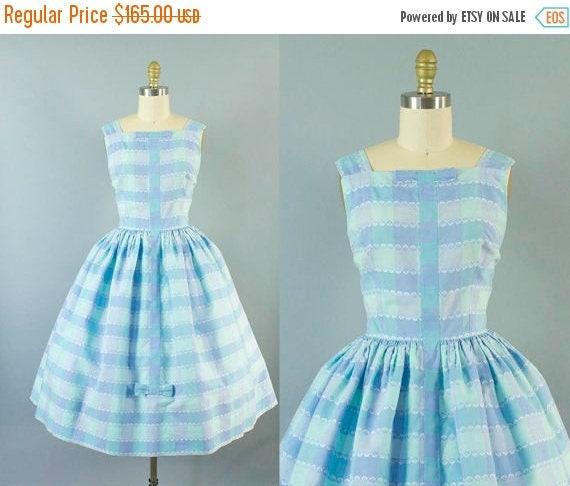 SALE 15% STOREWIDE 1950s gingham sundress/ 50s cotton pastel bow dress/ medium