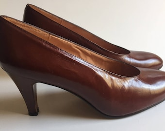 Vintage Pappagallo Brown Leather Pumps High Heels sz 5 1/2 M Never Worn Made in Spain