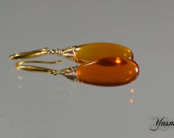 Padpratscha-orange on gold-plated earrings