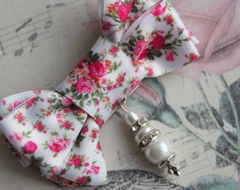 Ribbon brooch, brooch bow, floral print, handmade work, spring, wedding gift, Mother's Day