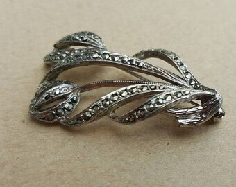 Vintage 1940s Silver Tone Marcasite Tulip Floral Flower Brooch Pin