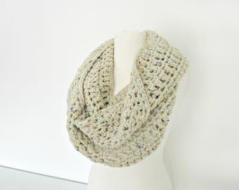 Ivory crochet scarf cowl crochet chunky scarf Off white crochet loop snood Crocheted scarf Crochet cowl Eternity cream scarf ivory snood