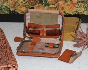Vintage Grooming Kit/1940's Grooming Wallet/ Leather Gents Shaving Set/Bathroom/ (Ref1956W)