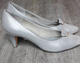Vintage Gray Life Stride Heels