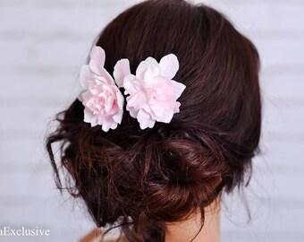 Flower hair pin Bridal hair clip Wedding flower hair piece White hair pin Wedding hair comb Pink hairpin Wedding hair clip Bridal hair pin