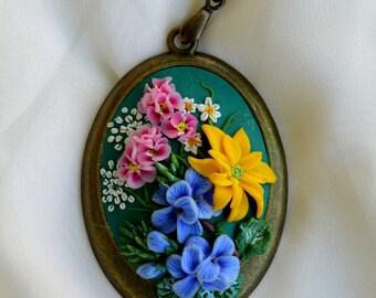 Spring/flowers/flower/carbochon/medallion/romantic/Vintage flowers/Vintage style/Pendant for Women