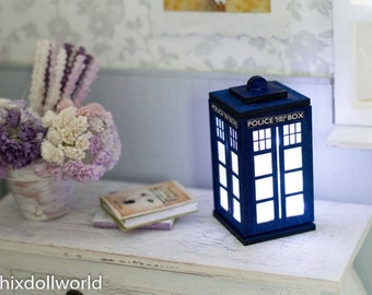 Miniature tardis, Dollhouse Lighting,  dr who, BJD MSD Blythe LED lamp . Roombox, diorama accessories, prop dollhouse lights