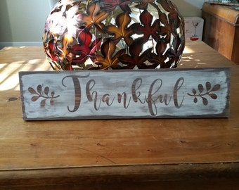 Thanksgiving Sign: 'Thankful'