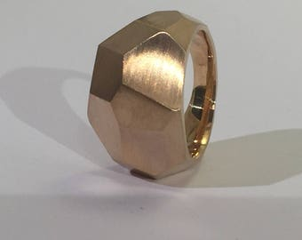 bronze ring small, faceted like a crystal