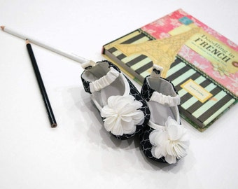 Baby Girls French Heart Chiffon Flower Ballerina Flats Soft Sole Crib Shoes Black White