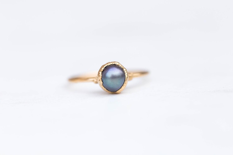 Boho Black Pearl Ring, Dainty Boho Ring, Gold Black Pearl Ring, Thin Raw